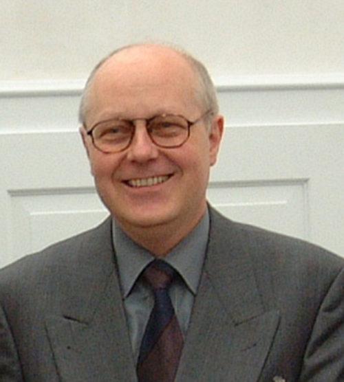 Dr. jur. Reinhard Gelhausen